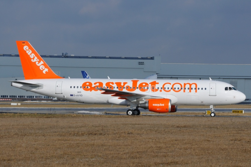 easyJet's (UK) first new Airbus A320-214 was delivered on February 19.  The pictured D-AVVD (msn 3805) at Hamburg (XFW) became G-EZTA on delivery.  Copyright Photo: Gerd Beilfuss.