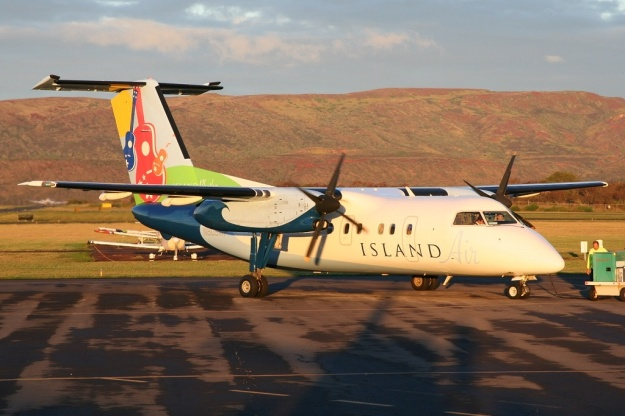 Island Air is the new partner for go! (Mesa Air Group).  Island Air's Bombardier DHC-8-103 N809WP (msn 32) stops at Kuanakakai on Molokai.  Copyright Photo: Andy Jung.