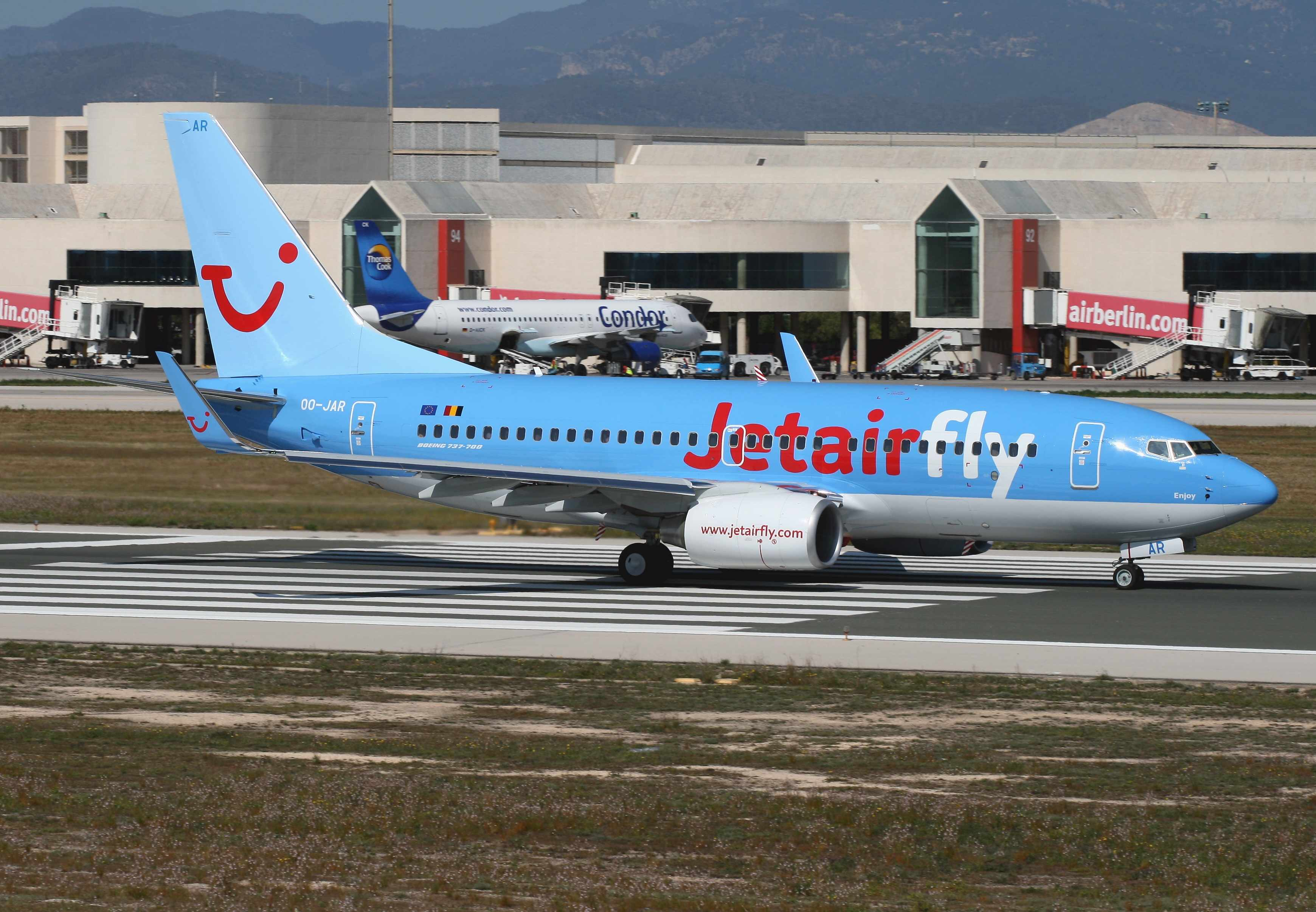 Jetairfly Adds A Boeing 737