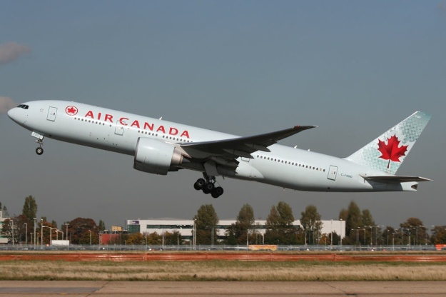 Please click on photo for full view, information and other Air Canada photos.