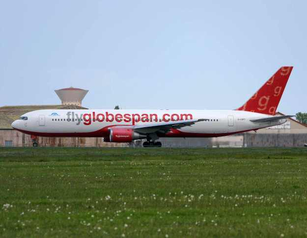 G-CDPT is seen at Toulouse with the additional sticker.  Copyright Photo: Yannick Delamarre.
