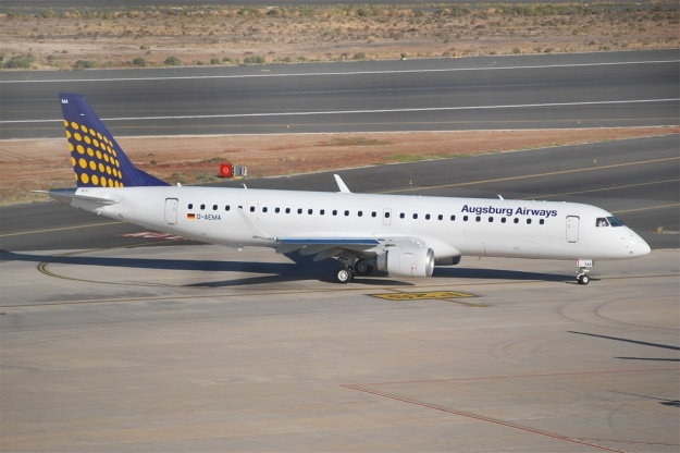 Augsburg's brand new Embraer ERJ 190-200LR (195) D-AEMA (msn 19000290) is pictured at Gran Canaria in the Lufthansa Regional colors.  Copyright Photo: Tomas Asensio Lopez.