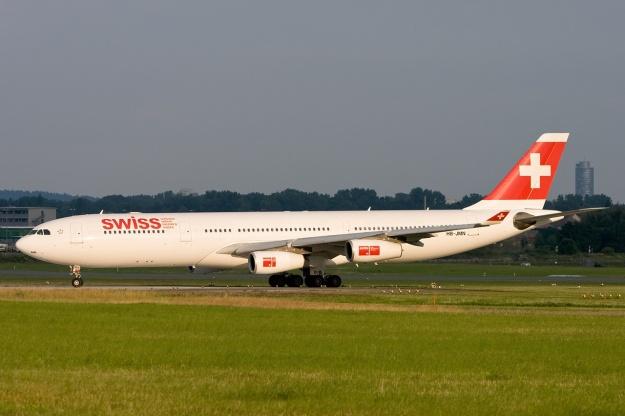 Swiss A340-300 HB-JMN (01)(Grd) NUE (GM)(LR)