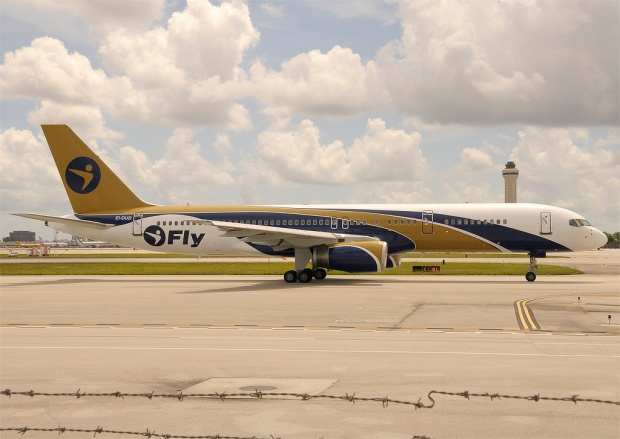Fresh out of the paint shop at MIA, EI-DUD heads to the runway.  Copyright Photo: Robert Collazo.