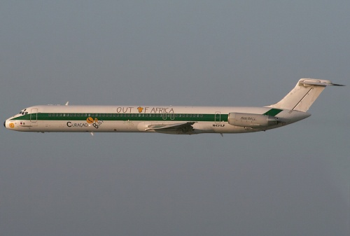 Insel Air DC-9-82 N431LF (AZ CS-Out of Africa)(Flt) CUR (RCG)(LR)