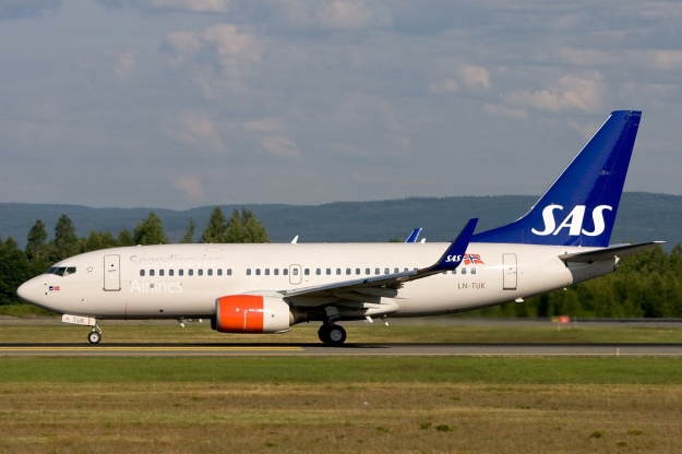 A nice image of SAS Norge's Boeing 737-705 LN-TUK (msn 29096) at Oslo (Gardermoen).  Copyright Photo: Gunter Mayer.