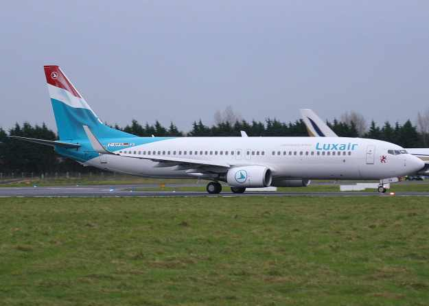 Luxair-Luxembourg Airlines 737-800 WL D-AHFN (LX-LGT) (07)(Grd) SNN (TV)(LR)