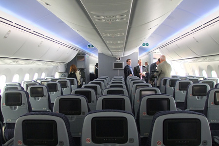 United Airline Planes Inside First Looks: An Inside...