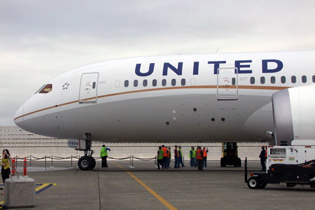 First Looks An Inside Look At United Airlines New Boeing