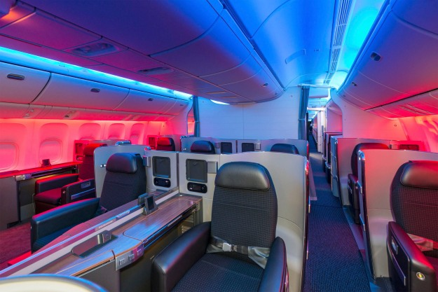 AMERICAN AIRLINES FIRST CLASS CABIN