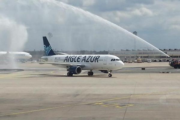 Aigle Azur A320-200 F-HBIO (13)(Grd-1)(Aigle Azur)(LR)