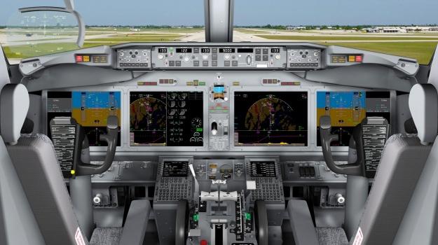 Boeing 737 MAX Cockpit (Boeing)(LR)