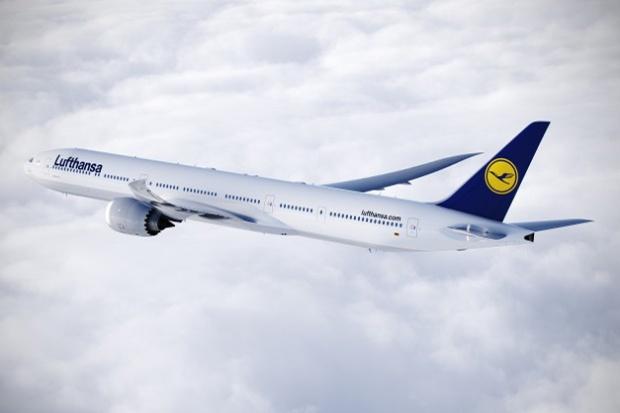 Lufthansa 777-900 (88)(Flt)(Boeing)(LR)