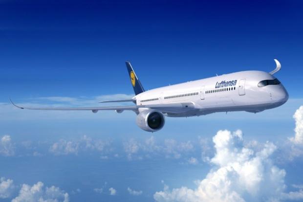 Lufthansa A350-900 (88)(Flt)(Airbus)(LR)