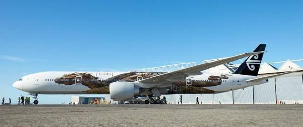 Air New Zealand 777-300 ZK-OKO (13-Hobbit-Smaug)(Grd) AKL (Air New Zealand)(LR)