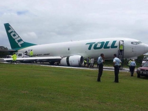Toll (Airwork) 737-300F ZK-TLC (Gear Collapse) Honiara (Captain Alaska)(LR)