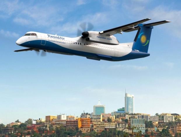 RwandAir DHC-8-400 over Kigali (Rwandair)(LR)