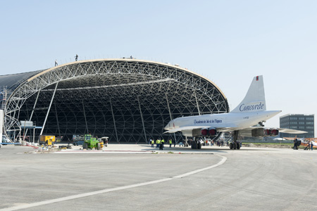 Aerospatiale-BAC Concorde F-WTSB at hangar (Grd) TLS (Airbus)(LRW)