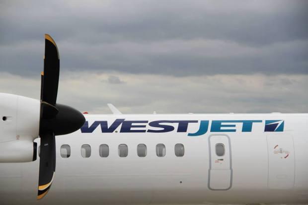 WestJet DHC-8-400 Close-Up (WestJet)(LR)