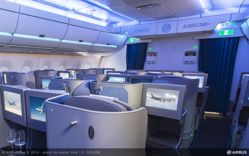 Airbus A350-900 Business Class lighting (Airbus)(LR)