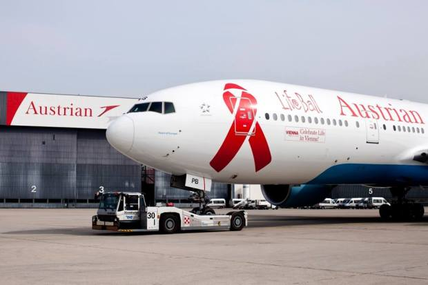 Austrian 777-200 OE-LPB (03-Life Ball)(Grd)(Austrian)(LR)