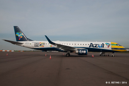 Azul ERJ 195 PR-AYU (14-Instituto Ayrton Senna)(Grd) Porto Alegre (GFB)(LRW)