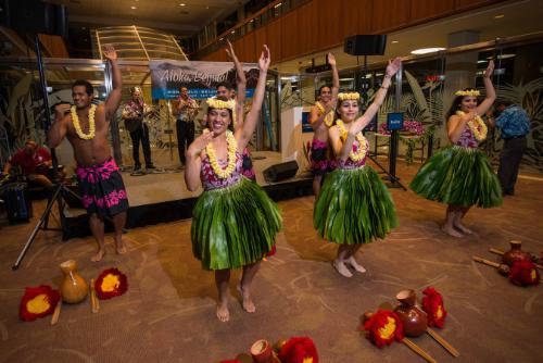 Hawaiian Airlines Service Launch