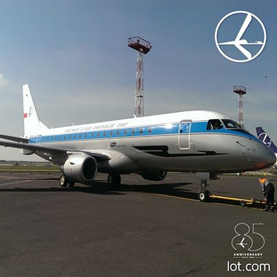 LOT Polish ERJ 175 SP-LIE (45)(Grd)(LOT)(LR)