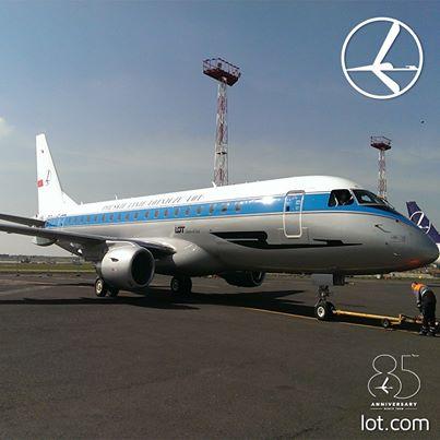 LOT Polish ERJ 175 SP-LIE (45)(Grd)(LOT)(LR)