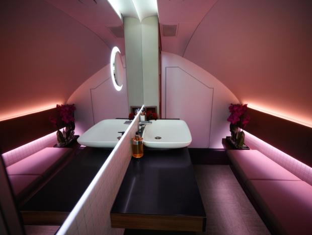 Qatar A380-800 Interior 1 (Qatar)(LR)