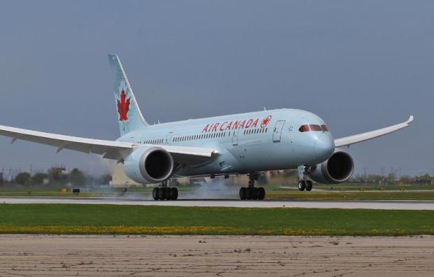 Air Canada Flight AC7008