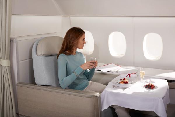 Air France 777-300 Seat-Eating (Air France)(LRW)