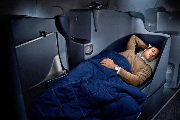 Airberlin A330-200 business class seat (Airberlin)(LRW)