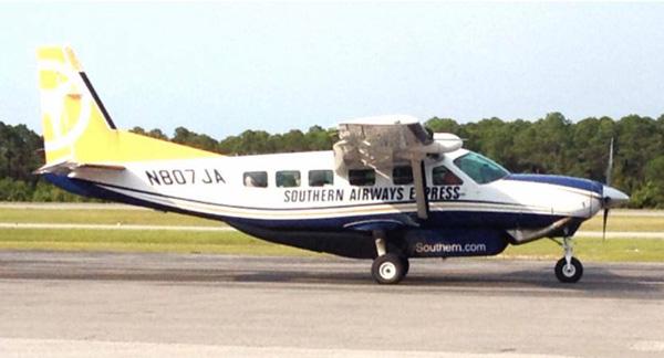 Southern Airways Express Caravan N807JA (Grd)(SAE)(LR)