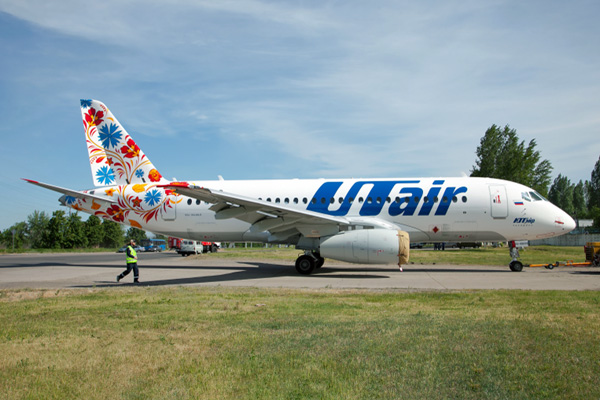 UTair Superjet 100-95LR RA-89033 (14)(Grd)(UTair)(LRW)