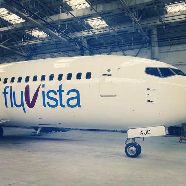 Flyvista 737-300 4L-AJC (14)(Nose)(Flyvista)(LRW)