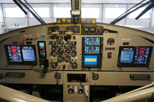 European Coastal DHC-6 Cockpit (ECA)(LRW)