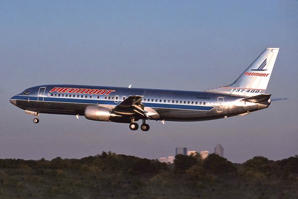 Piedmont 737-400 N406US (88)(Ldg) CLT (JS)(LRW) 10.88