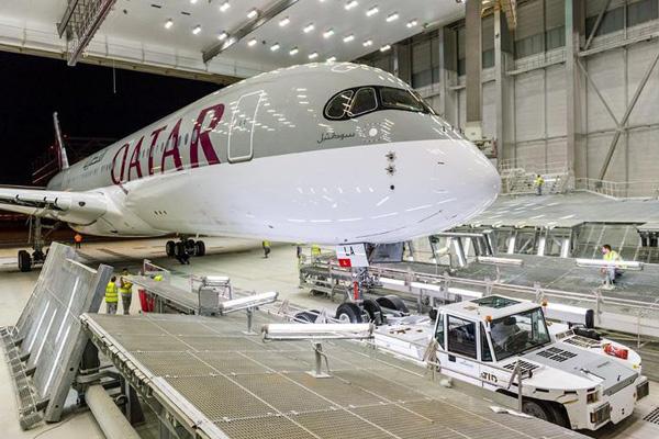 Qatar A350-900 A7-ALA (06)(Nose)(Airbus)(LRW)