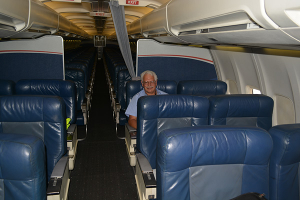US Airways 737-400 Jay in cabin (JS)(LRW)