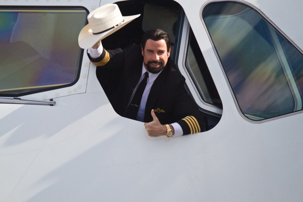 QANTAS John Travolta (QANTAS)(LR)