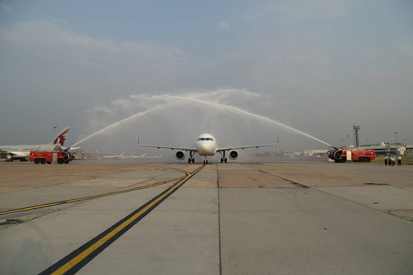 Vistara first A320 arrives (Vistara)(LRW)
