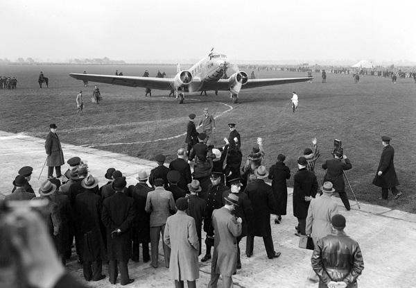 KLM DC-2 PH-AJU Uiver (Stork)(Grd)(KLM)(LRW)