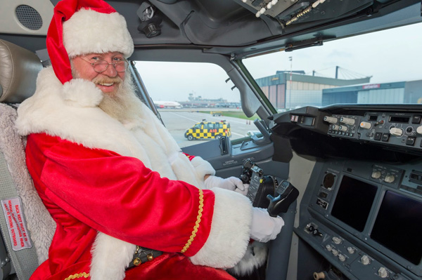 Airberlin 737-800 WL D-ABML (14-Christmas)(Santa)(Airberlin)(LRW)