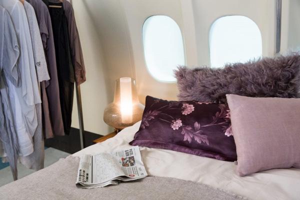 KLM MD-11 bed
