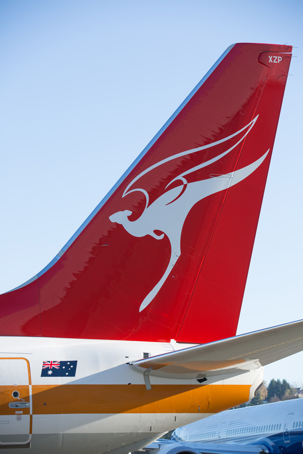 QANTAS 737-800 WL VH-XZP (71)(Tail)(QANTAS)(LRW)