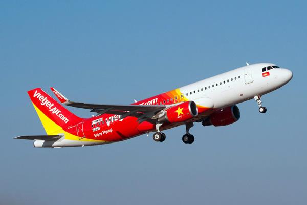 VietJetAir.com A320-200 F-WWBP (VN-A697)(11)(Tko) TLS (Airbus)(LRW)