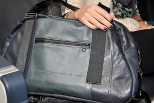 Alaska seat-to-bag 2 (Alaska)(LR)