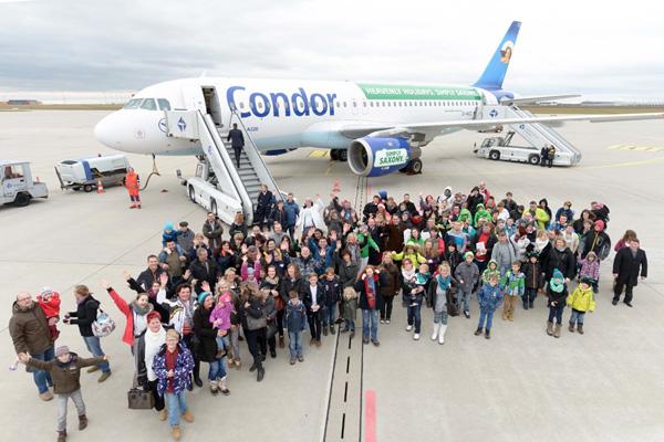 Condor A320-200 D-AICC (14-Heavenly Holidays-Simply Saxony)(Grd-1)(Condor)(LRW)