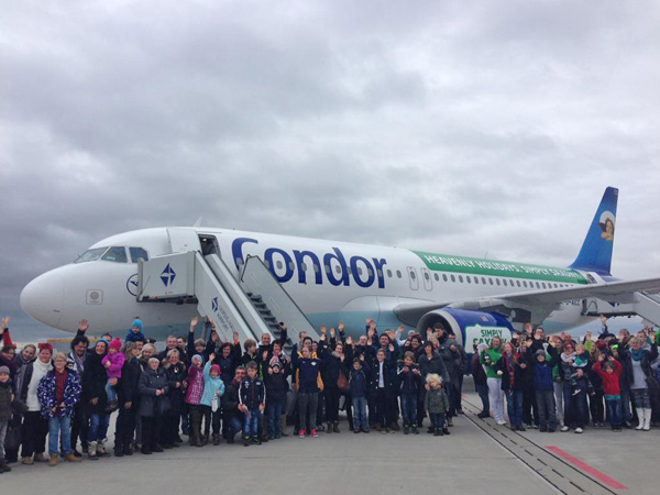 Condor A320-200 D-AICC (14-Heavenly Holidays-Simply Saxony)(Grd)(Condor)(LRW)